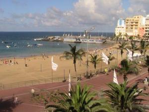 Piso en Alquiler en Canteras. 2 Dormitorios, Baño. Vistas Laterales al Mar. / Isleta - Puerto - Guanarteme