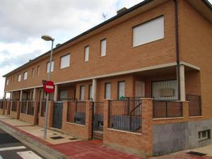 Casa adosada en Venta en El Burgo de Ebro / El Burgo de Ebro