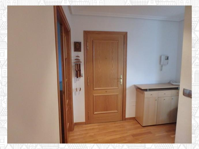 Photo 6 of Apartment in Street Estrada Vella De Santiago 84 / Parroquias Rurales, Lugo Capital