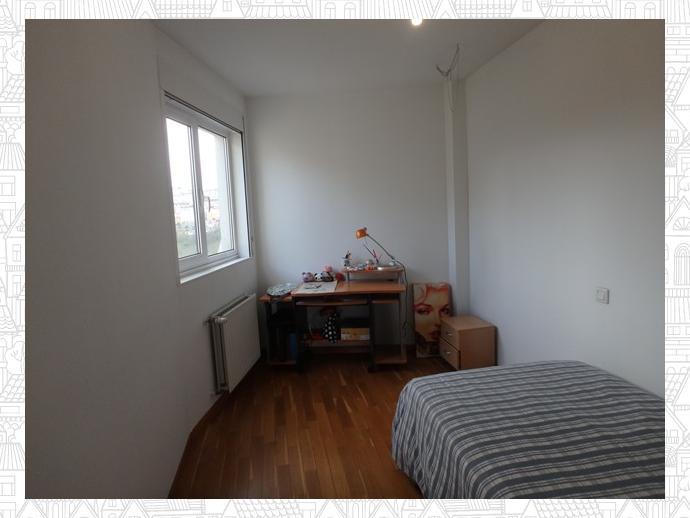 Photo 23 of Apartment in Street Estrada Vella De Santiago 84 / Parroquias Rurales, Lugo Capital