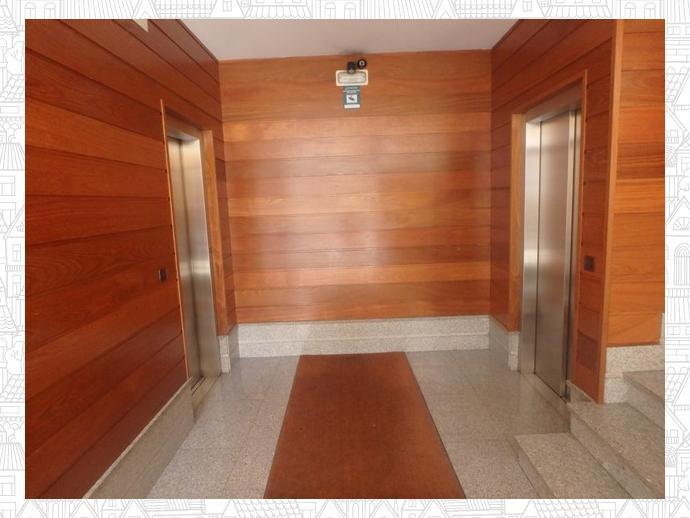 Foto 3 de Apartamento en  Avenida Avenida De La Coruña, 377 / A Piriganlla - Albeiros - Garabolos, Lugo Capital