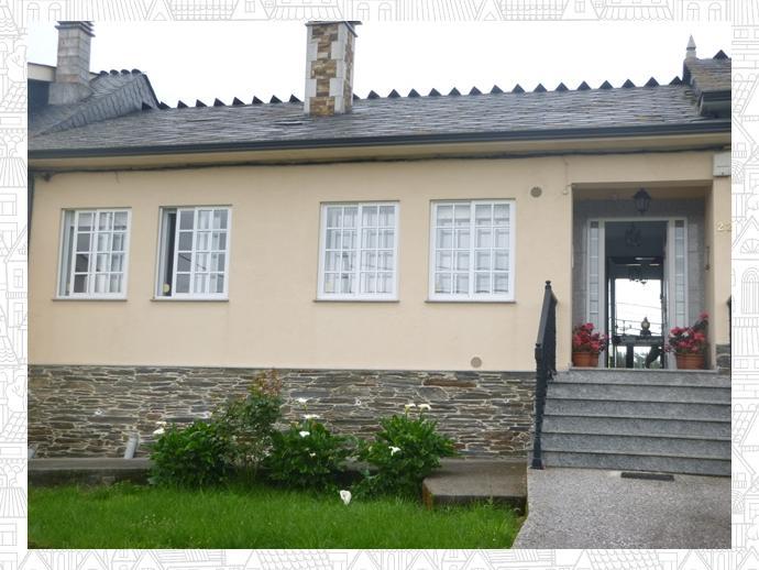 Foto 2 de Casa adosada en Outeiro De Rei, Zona De - Outeiro De Rei / Outeiro de Rei