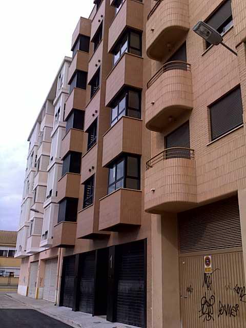 Parking voiture  Calle aadisa, 1. Garaje individual en planta baja de edificio de viviendas de mod