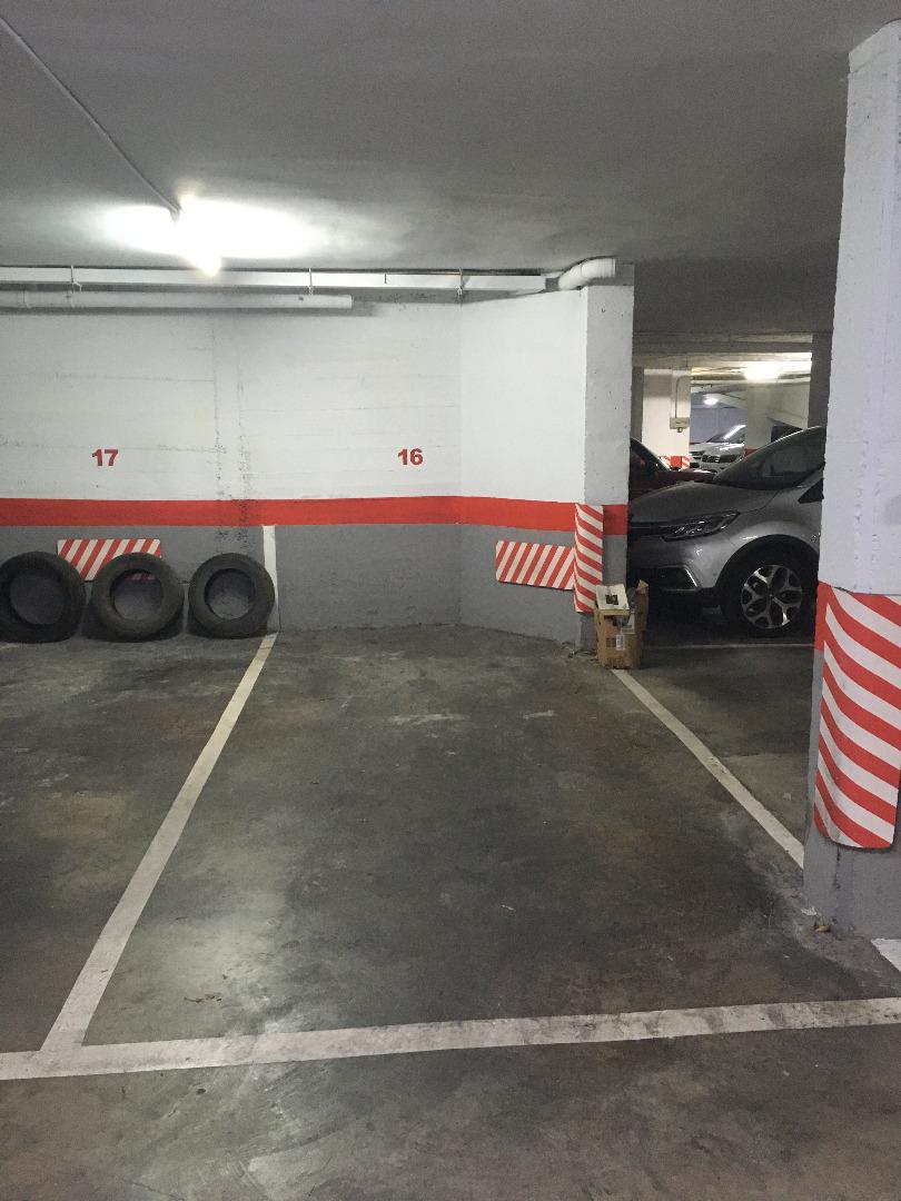 Alquiler Parking coche  Carrer migdia