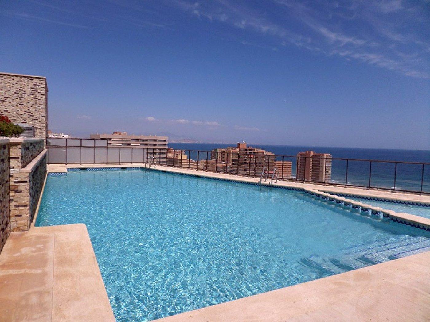 Lloguer Casa  Calle valladolid. Bonito bungalow dúplex frente al mar con unas impresionantes vis
