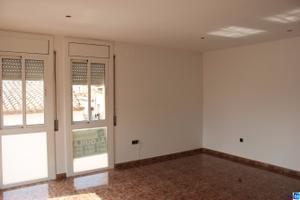 Piso en Alquiler en Torras I Bages / Santa Oliva