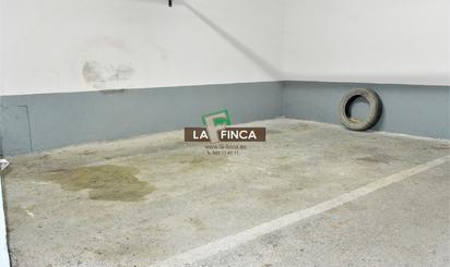 Garaje de alquiler en Calle Llano Ponte, Milán - Pumarín