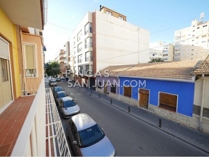 Foto 6 de Piso en Calle Ordana / Sant Joan d'Alacant