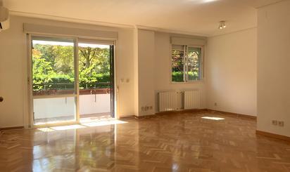 Piso de alquiler en  Madrid Capital