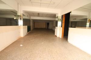 Local comercial en Alquiler en Pintor Casas, 26 / Nou Barris