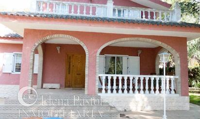 Viviendas y casas en venta en Serra