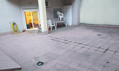 Pisos en venta con terraza en San José, Zaragoza Capital