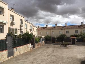 Casas adosadas en venta baratas en Madrid Provincia