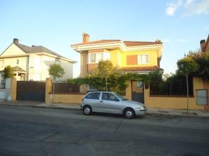 Chalet en Alquiler en Villalbilla - Peñas Albas / Villalbilla