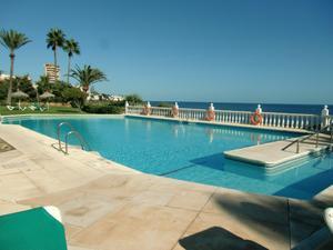 Piso en Venta en Del Golf, 9 / Riviera del Sol