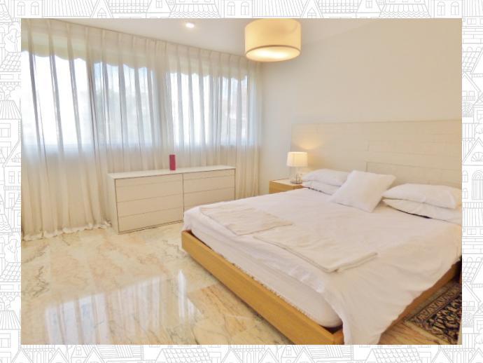 Foto 9 de Casa adosada en Avenida San Sebastian / Playa de San Juan, Alicante / Alacant