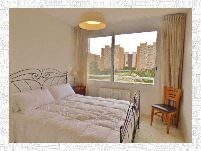 Foto 13 de Casa adosada en Avenida San Sebastian / Playa de San Juan, Alicante / Alacant