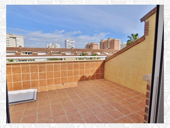 Foto 17 de Casa adosada en Avenida San Sebastian / Playa de San Juan, Alicante / Alacant