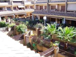 Single-family semi-detached  in Sale in Valencia, Zona de - Valencia Campanar Congresos / Campanar