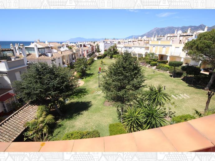 Foto 2 de Casa adosada en Avenida Alameda Del Mar 10 / Los Monteros - Bahía de Marbella, Marbella