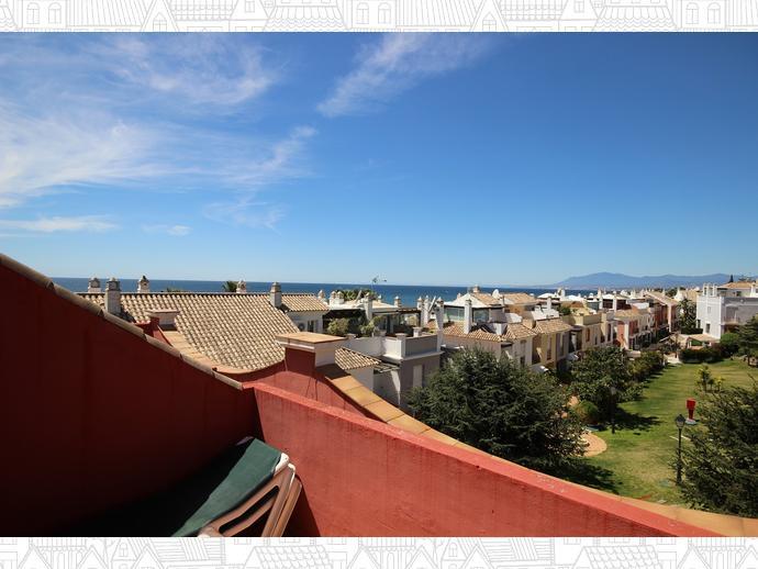 Foto 1 de Casa adosada en Avenida Alameda Del Mar 10 / Los Monteros - Bahía de Marbella, Marbella