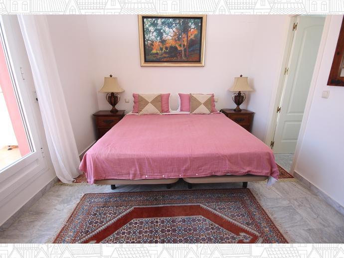 Foto 8 de Casa adosada en Avenida Alameda Del Mar 10 / Los Monteros - Bahía de Marbella, Marbella