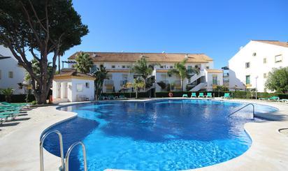 Pisos en venta con piscina en Costa del Sol Occidental - Zona de Marbella