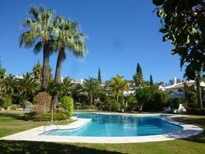 Casa adosada en Venta en Bahia de Marbella / Las Chapas
