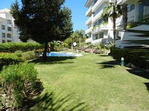 Apartamento en Venta en Elviria Playa / Las Chapas