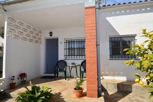 Casa adosada en Venta en Jacint Verdaguer, 9 / Albinyana