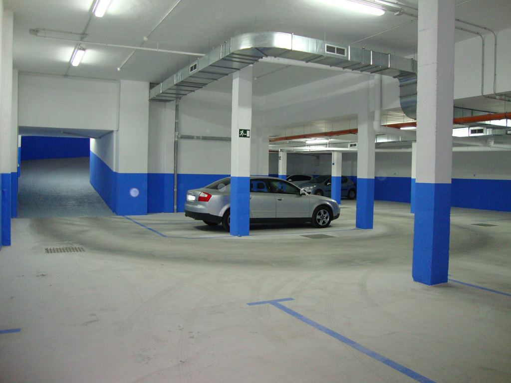 Car parking  Avenida constitucion de Onil