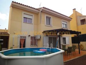 Casa adosada en Venta en Torrent, Zona de - Torrent / El Vedat - Santa Apolonia
