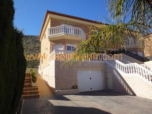 Casa adosada en Alquiler en Torrent - Calicanto / Chiva