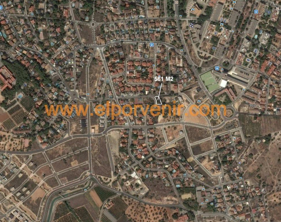Solar urbà  Calle calle irlanda, 3. Parcela en el vedat de torrent con 561 m2 a dos calles con 35,5