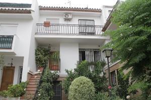 Casa adosada en Venta en Gibraltar, 13 / Estepona Centro