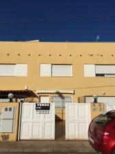 Casa adosada en Alquiler en Benafeli, 66 / Almazora / Almassora
