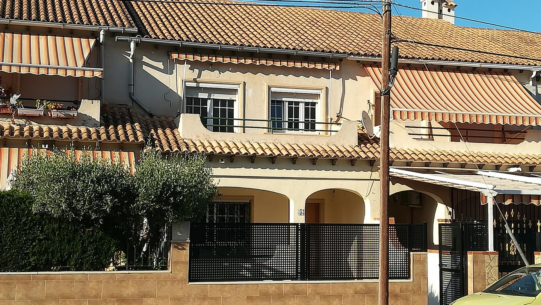 Affitto Casa  Avenida del vincle. Este bungalow reformado se encuentra en avenida del vincle, 0356