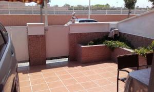 Casa adosada en Venta en Los Alcázares - Centro / Centro