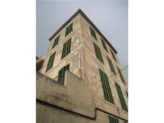 Edificio  Sineu ,Sineu. Edificio singular en venta en el centro de Sineu