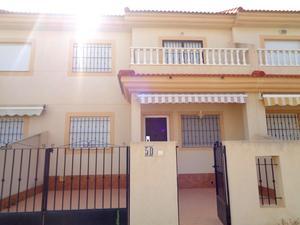 Dúplex de alquiler con terraza en España