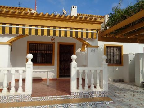 Dúplex de alquiler con jardín en España