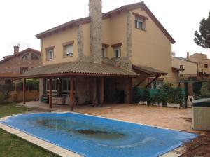 Chalet en Venta en Los Negrales / Alpedrete