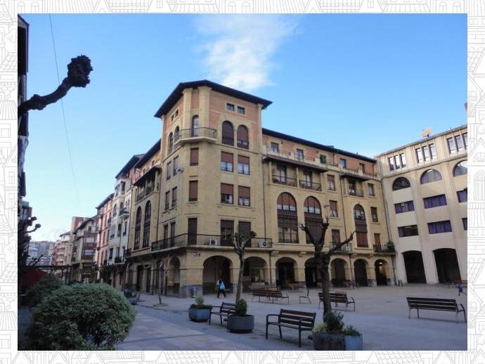 Piso En Getxo En Las Arenas En Plaza Plaza De Las Escuelas