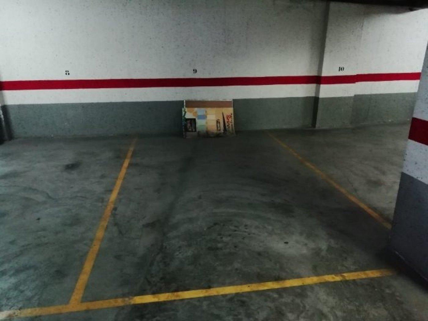 Lloguer Aparcament cotxe  Aldaia ,plaza europa. Se alquila plaza de garaje en Aldaia