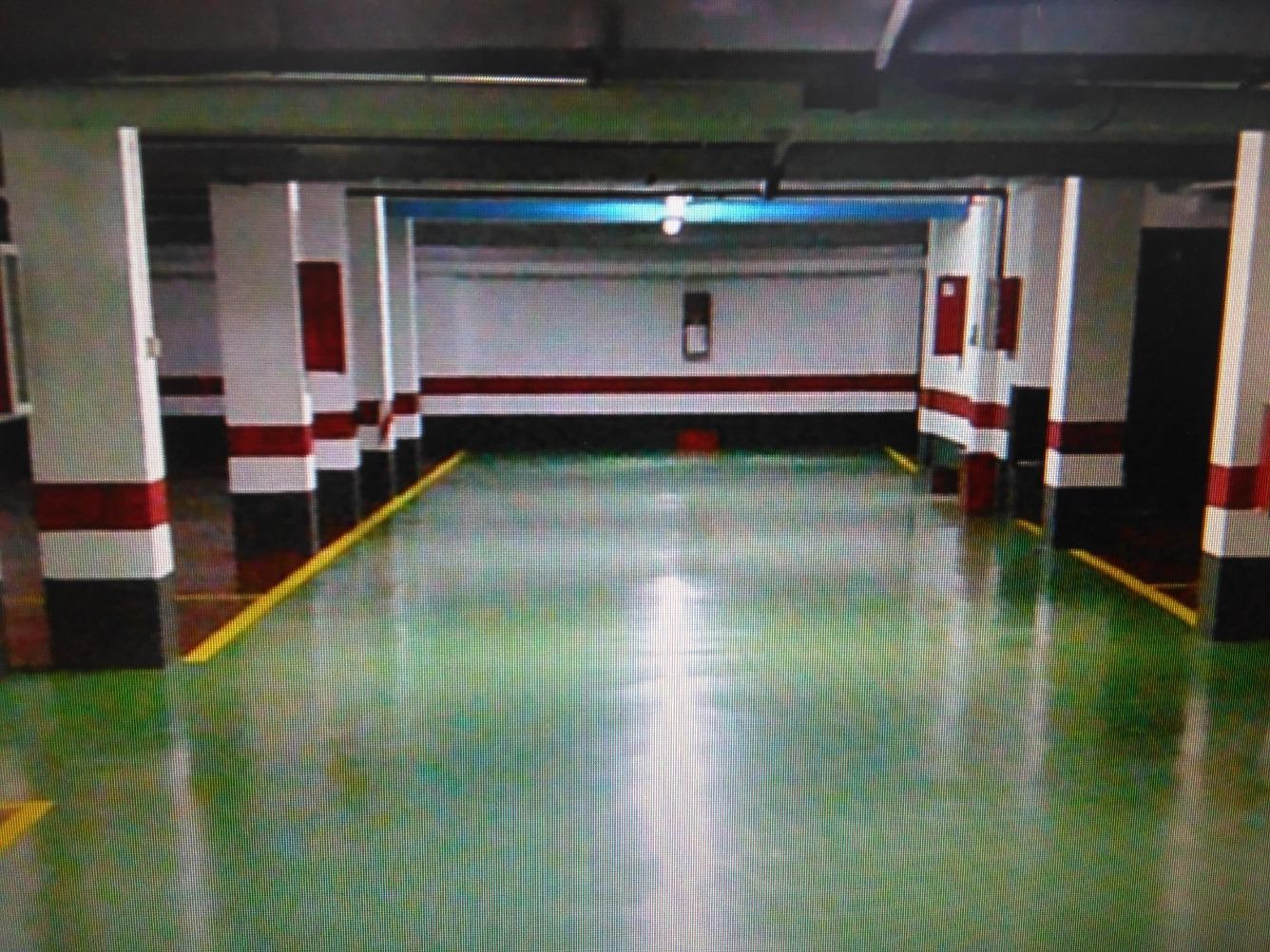 Garage for sale in Basauri