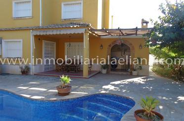 Casa adosada en venta en Urbanización Camp de Túria