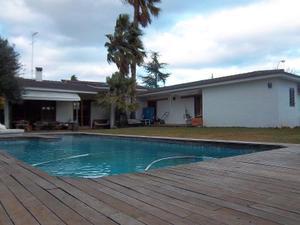 Chalet en Venta en La Eliana Servicios Inmobiliarios / L'Eliana pueblo