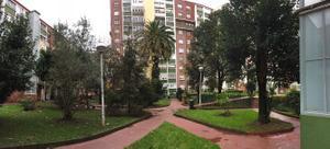 Flat in Sale in Luis Echevarria / Begoña