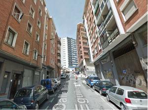 Flat in Sale in Medico Antonio Eguiluz / Begoña