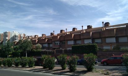 Casas adosadas en venta en Hospital San Juan de Dios, Zaragoza